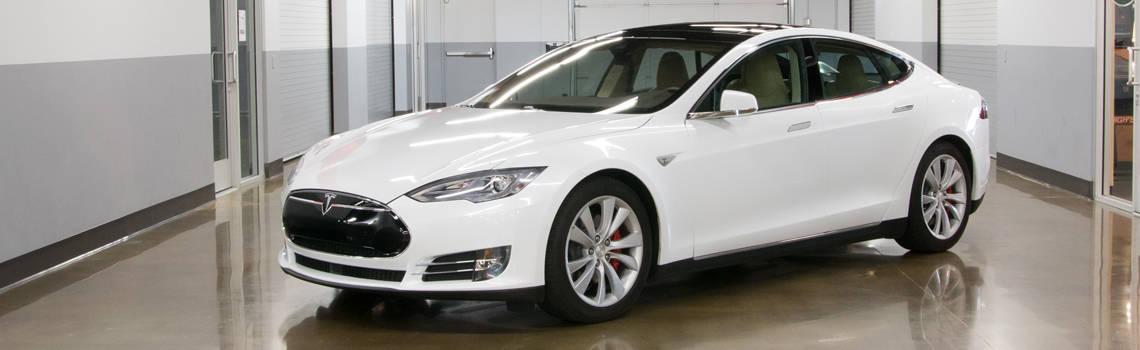 Tesla model s p85d for rent