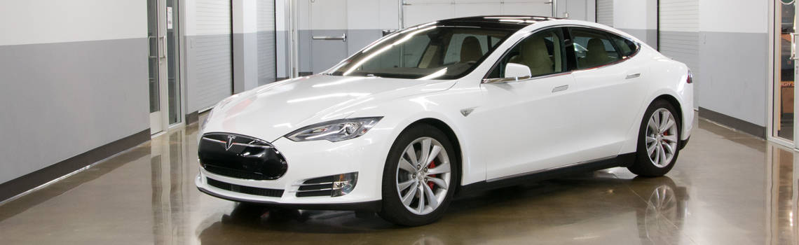 Tesla model s p85d for rent