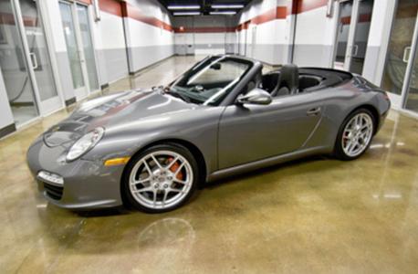 Porsche carrera 911 cabriolet
