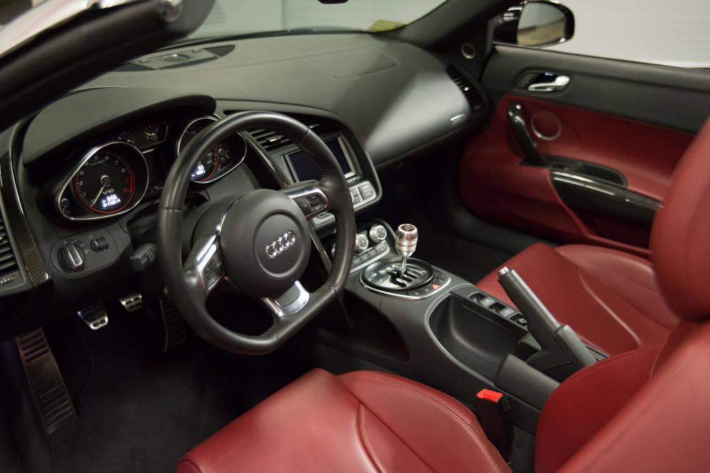 audi r8 v10 spyder 6spd manual exotic car rental club sportiva rh clubsportiva com audi r8 manual for sale audi r8 manual for sale