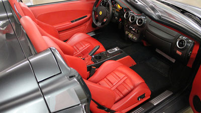 Ferrari f430 spider red interior