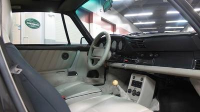 911 '89 pass interior