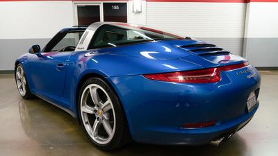 Porsche 911 targa4s sapphire blue reariso