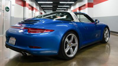 Porsche 911 targa4s sapphire blue reariso2