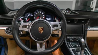 Porsche 911 targa4s sapphire blue wheel pov