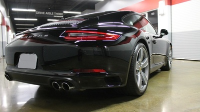 911 carerra   rear 3 4
